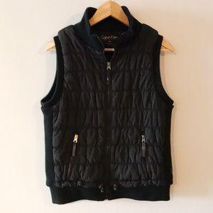 Calvin Klein • Quilted Vest • Smartphone Pocket